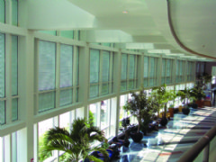 A new curtain wall adapter eliminates installation complexities!