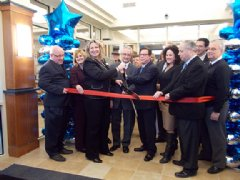 Local Macomb area dignitaries and First StateBank Staff celebrate the opening of their new Clinton Township office.