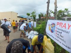 The PRAY team provids relief aid and shelter supplies for victims in Matinabus, Philippines.