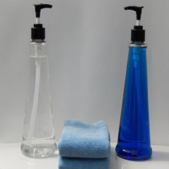 Clear Unfilled bottles with Bonus Microfiber Cleaning Cloths
