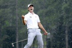 Mercedes-Benz international golf brand ambassador Adam Scott