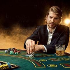Celebrate National Blackjack Day with a blackjack cocktail